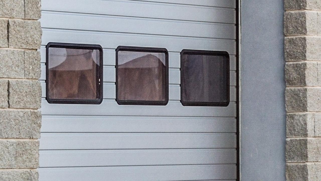 Nowoczesne modele bram garażowych