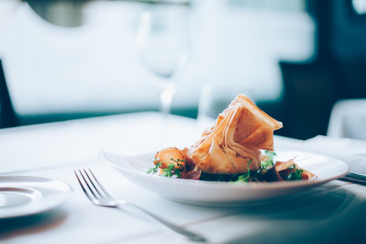 Serwis obiadowy – zadbaj o dobrą jakość